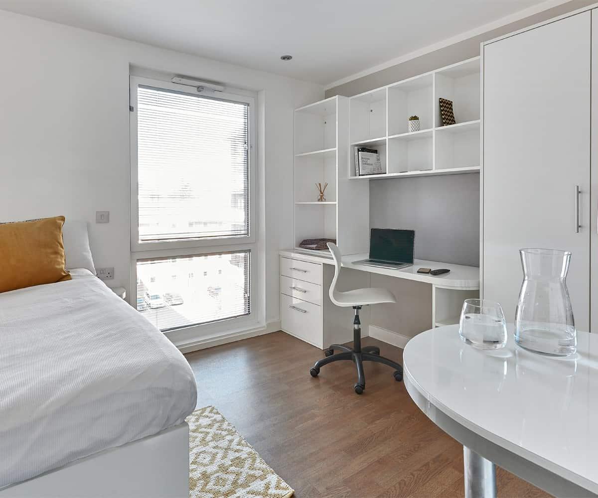 Host Hope Street Apartments Premier Studio student room in Liverpool