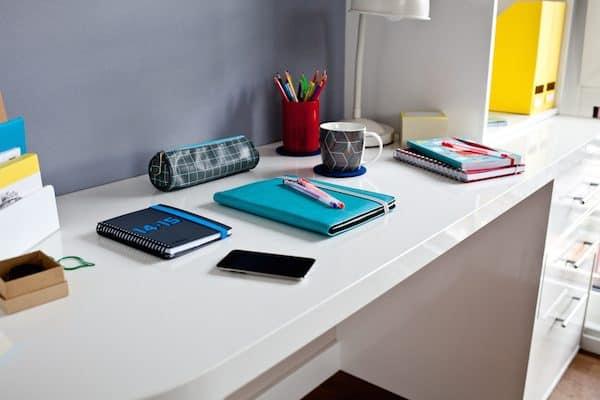 large-study-desk-premier-plus-ensuite