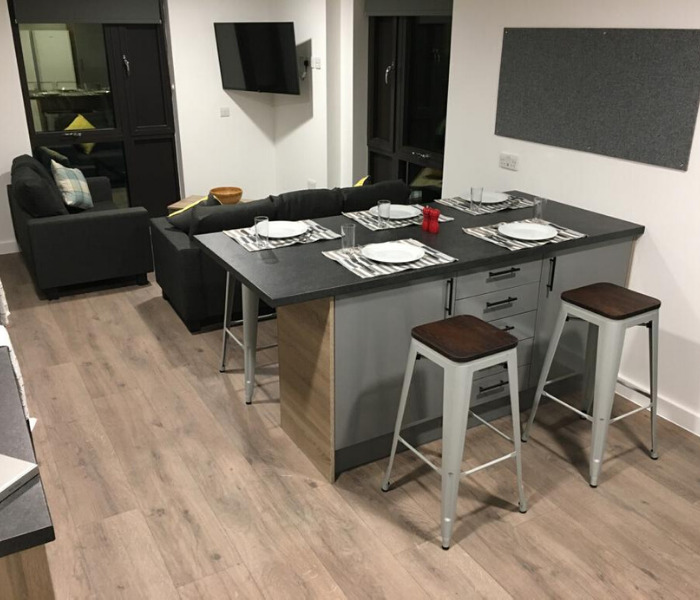 student flats southampton - show flat with the shared kitchen