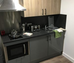student flats southampton - show flat witht the kitchen