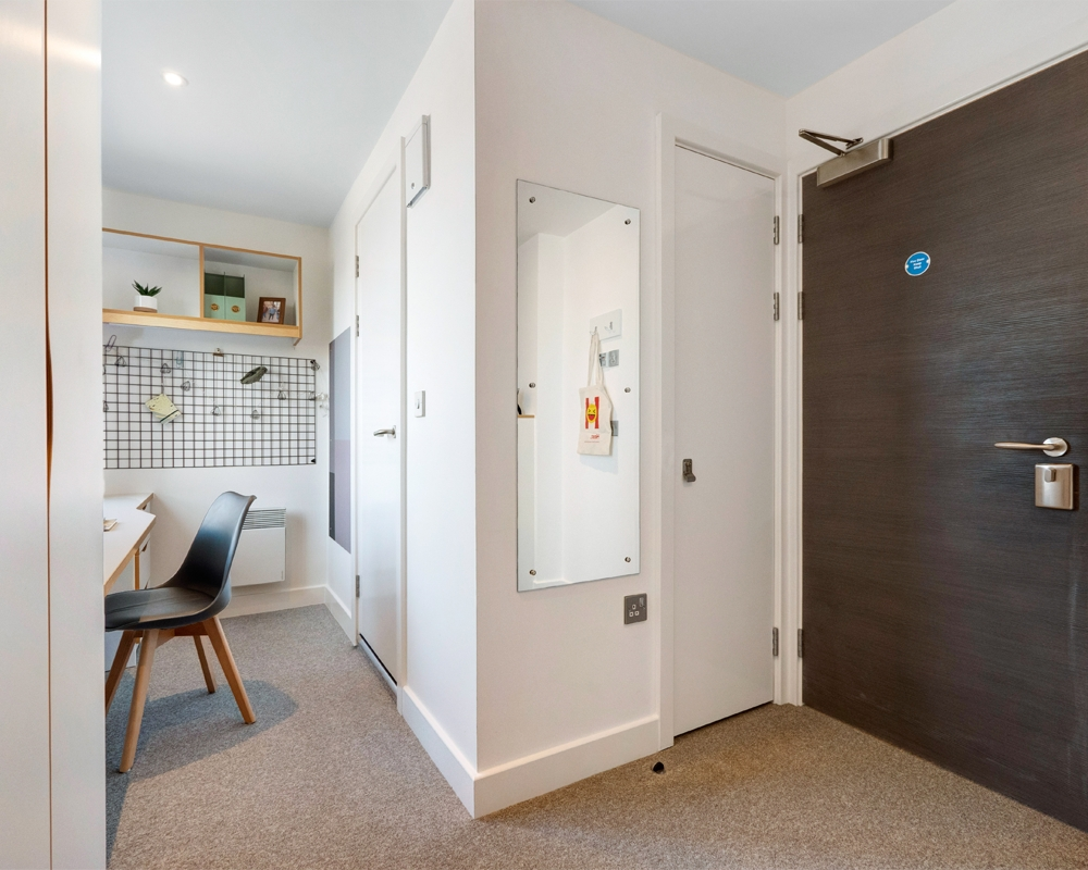 Host 27 Magdalen street Colchester Platinum en-suite