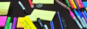Sticky-Revision-Notes-and-Coloured-Pens-on-Table