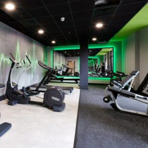 on-site gym at southampton crossings