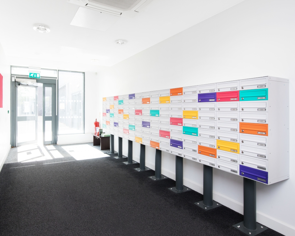 host-heantun-point-student-accommodation-wolverhampton-entrance-reception-2-1000x800