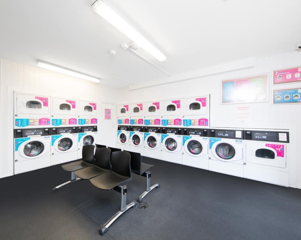 host-heantun-point-student-accommodation-wolverhampton-laundry-1000x800