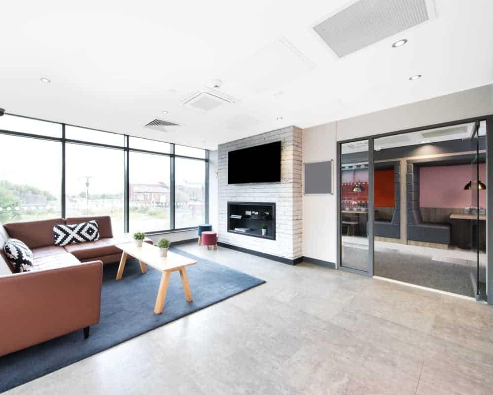 host-heantun-point-student-accommodation-wolverhampton-social-area-1-1000x800