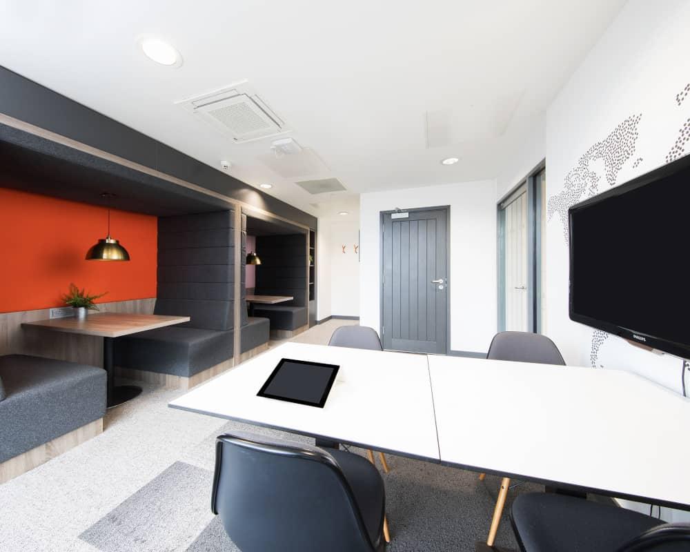 host-heantun-point-student-accommodation-wolverhampton-social-area-4-1000x800