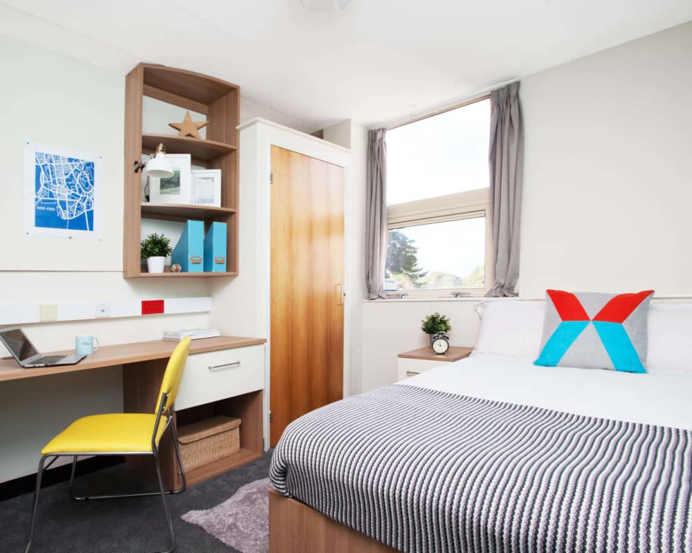 host-student-accommodation-exeter-room-4-1000x800