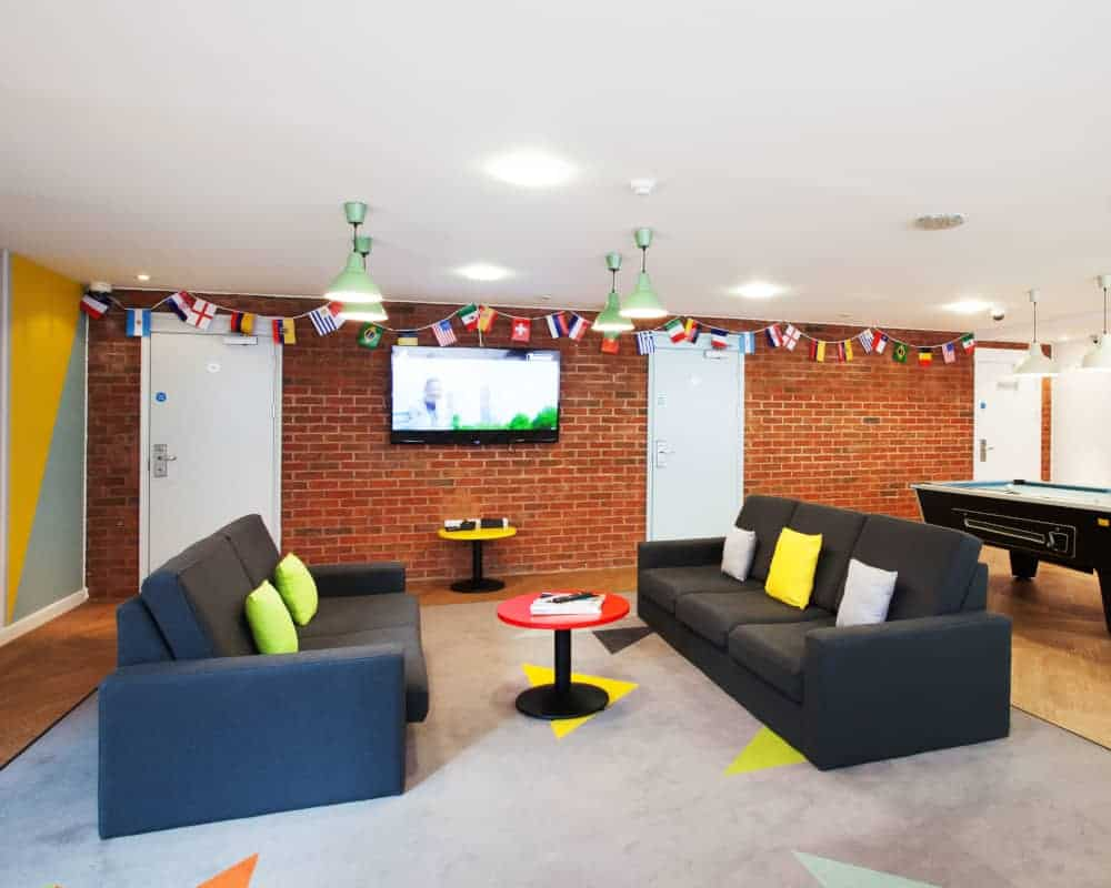host-trust-house-student-accommodation-exeter-social-area-1-1000x800