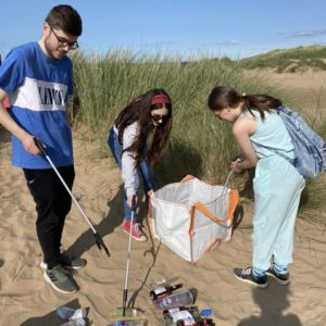 uni network litter picking students