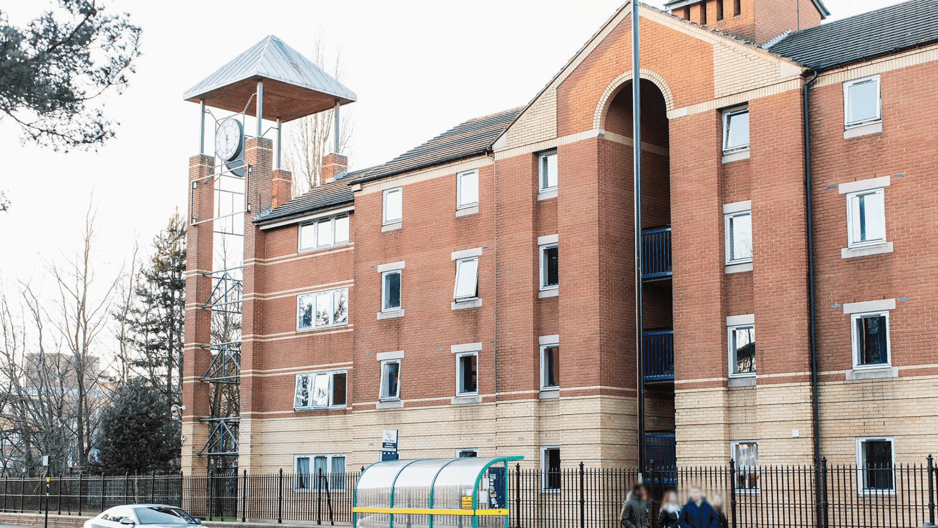 Queen's Hospital Close