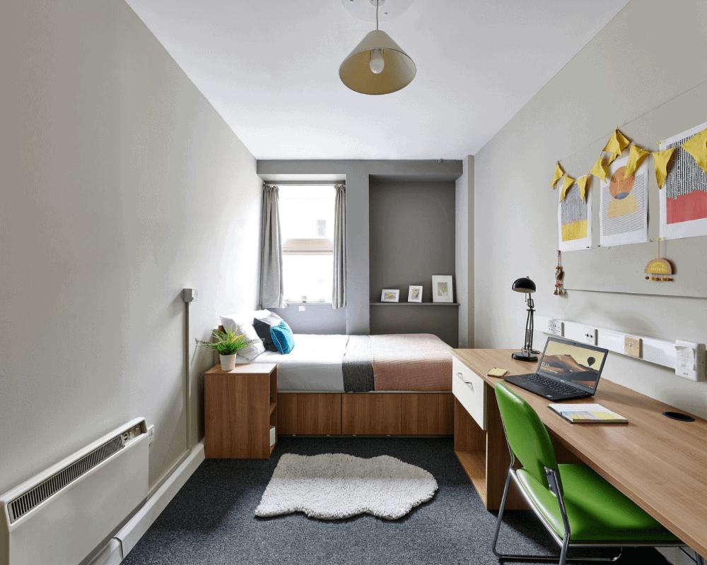 Basic Studio Host Northernhay House