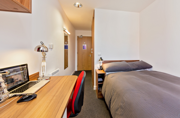 Host Apollo Works En-Suite Room