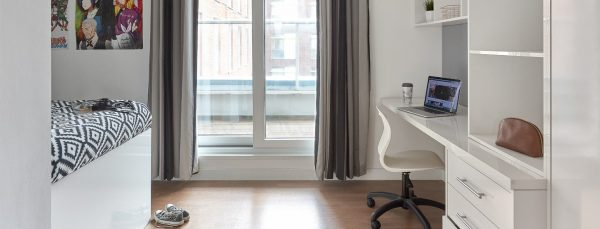 Hope_Street_Liverpool_Penthouse_Studio_Ultra_Plus_1440x550