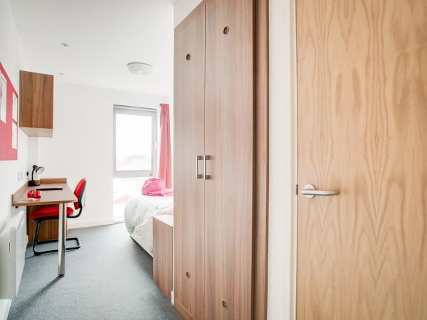 Host Metalworks En-suite Room