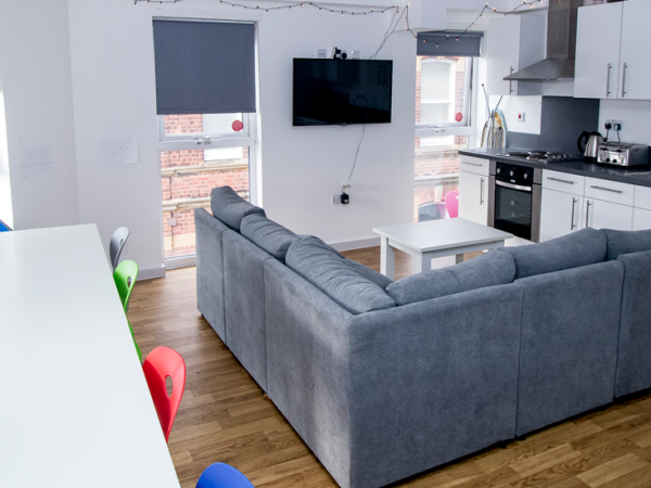 Host Frobisher House Shared Living Space