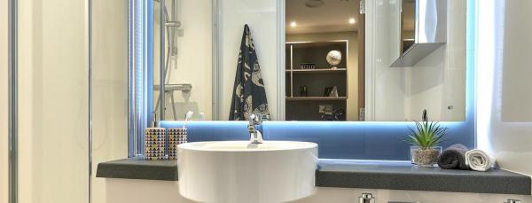 Southampton Crossings Bathroom