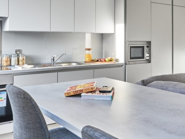 host-castle-st-leicester-shared-kitchen-3