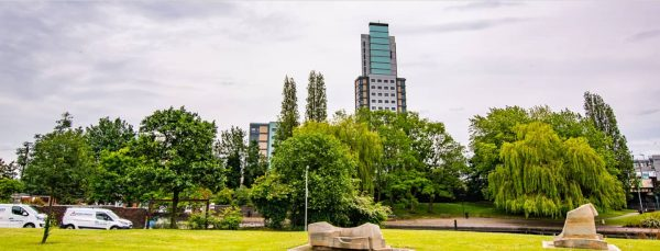 host-heantun-point-student-accommodation-wolverhampton-outside-1-1440x550
