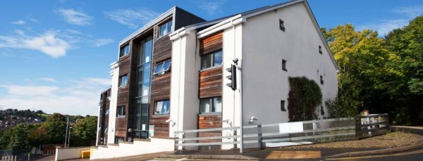 host-student-accommodation-exeter-2-external-building-1440x550