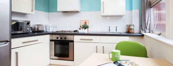 host-student-accommodation-exeter-kitchen-1440x550