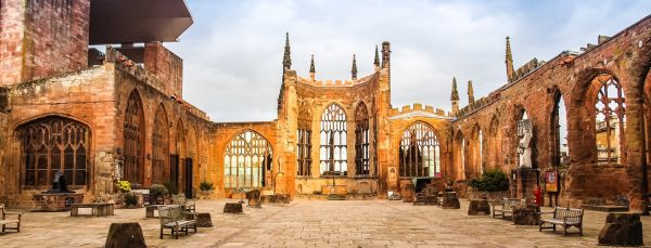 Coventry-Cathedral-Ruins-1440x550